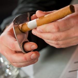 Cutting Cigar Picture 1
